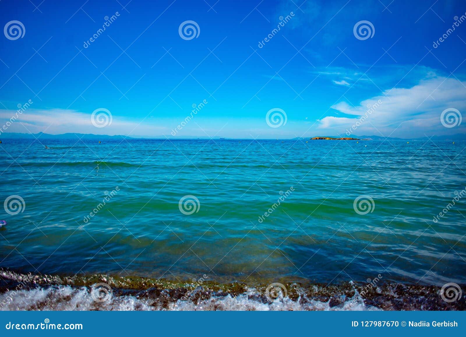 Pogodne plaże Ateny, Grecja