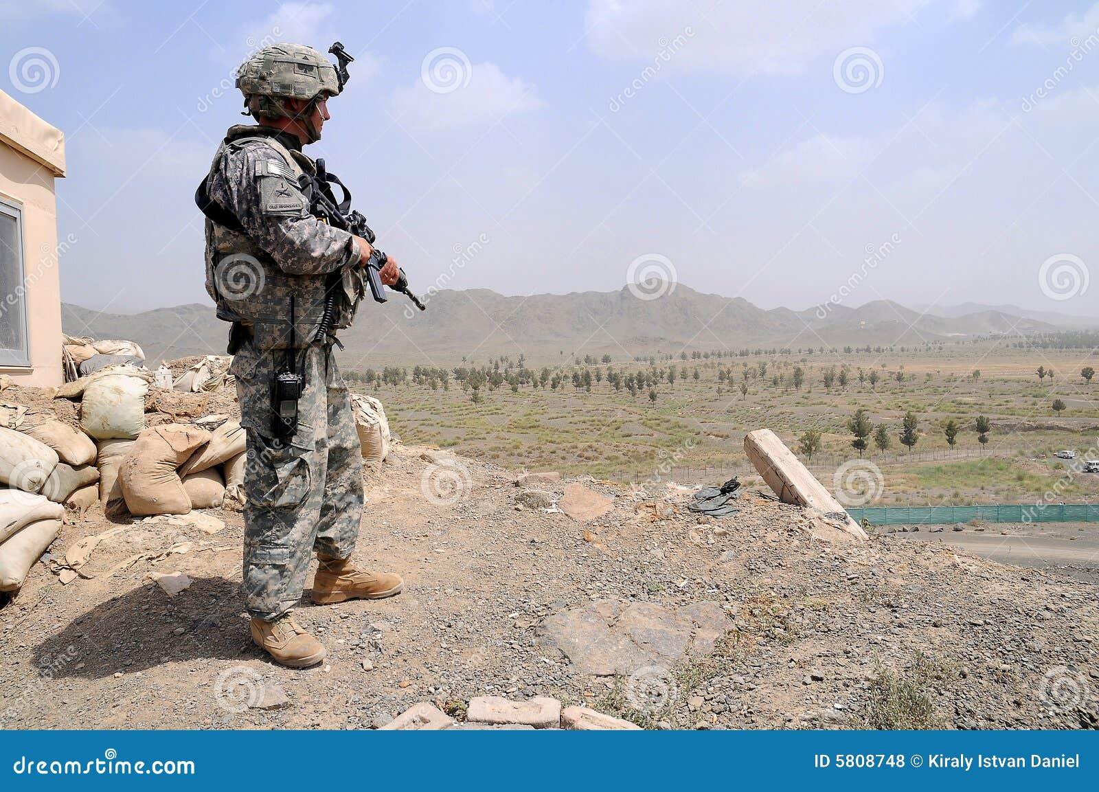 Point de contrôle au cadre afghan