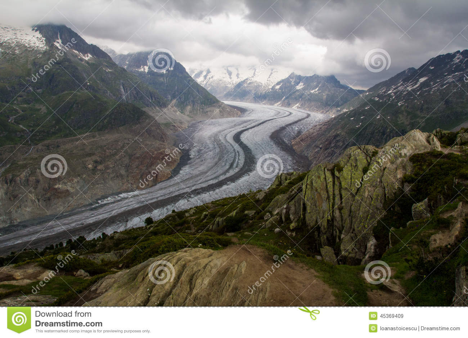 Point de vue de glacier d Aletsch