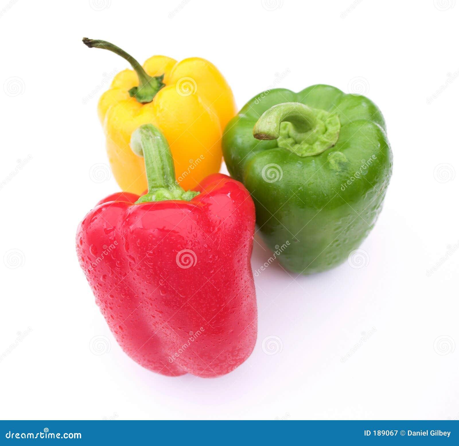 Poivrons rouges, jaunes et verts