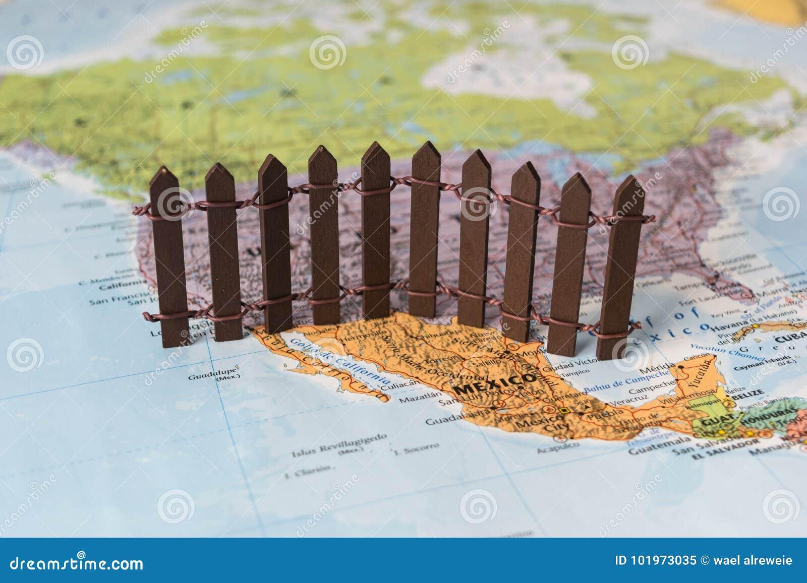 Pojęcie meksykanin granicy ściana jak sugerujący Amerykańskim prezydenta Donald atutem