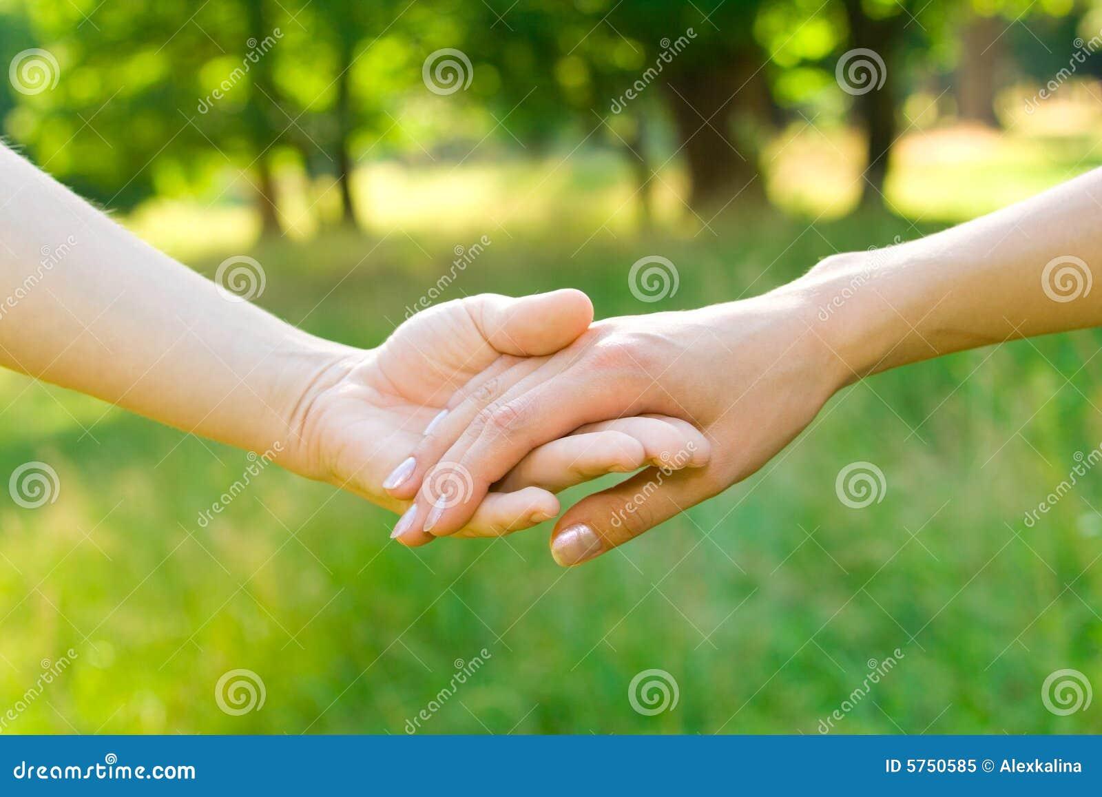 Pojęcie przyjaźń rąk miłości