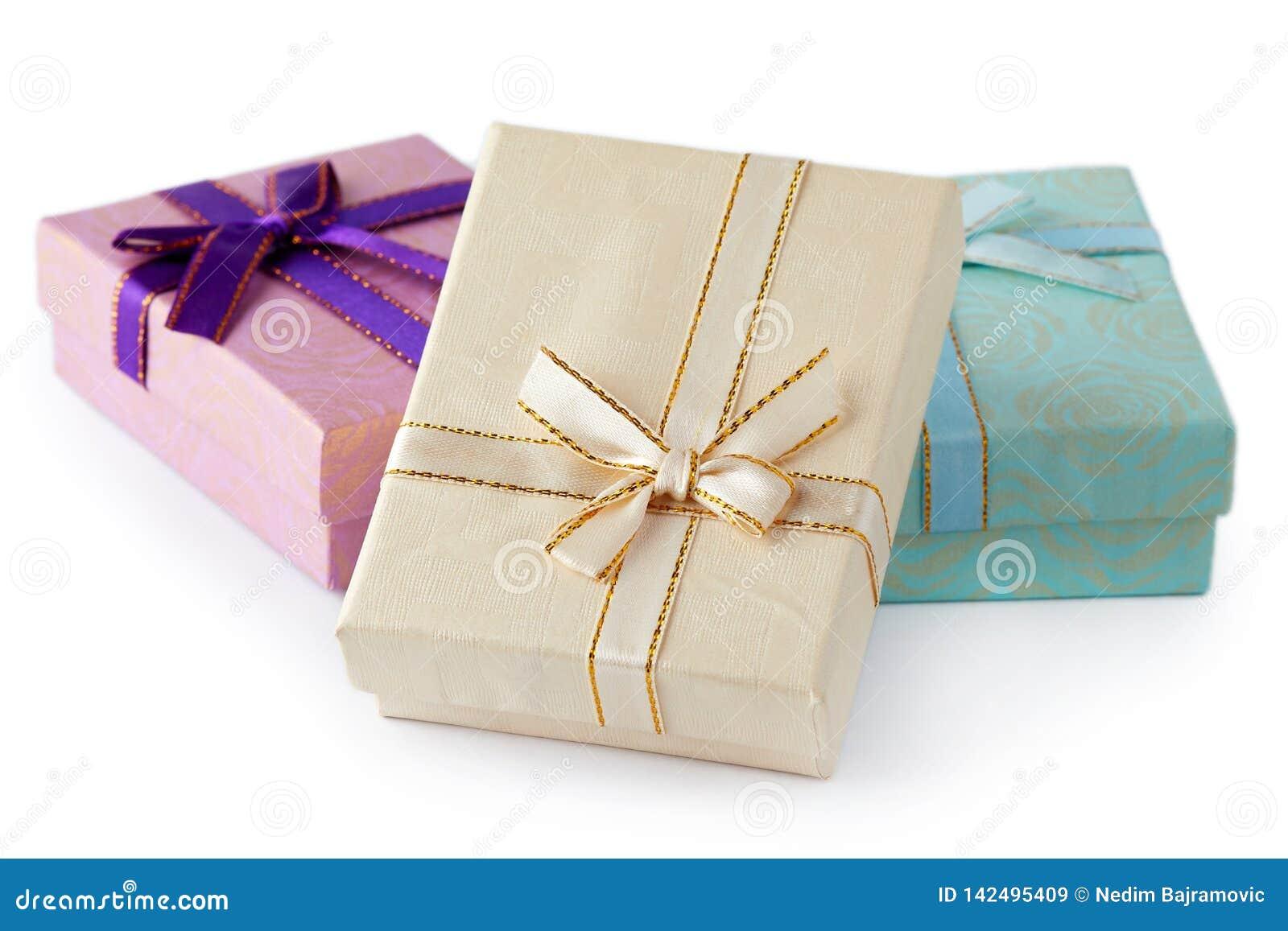 Pojedynczy white pudełko prezent