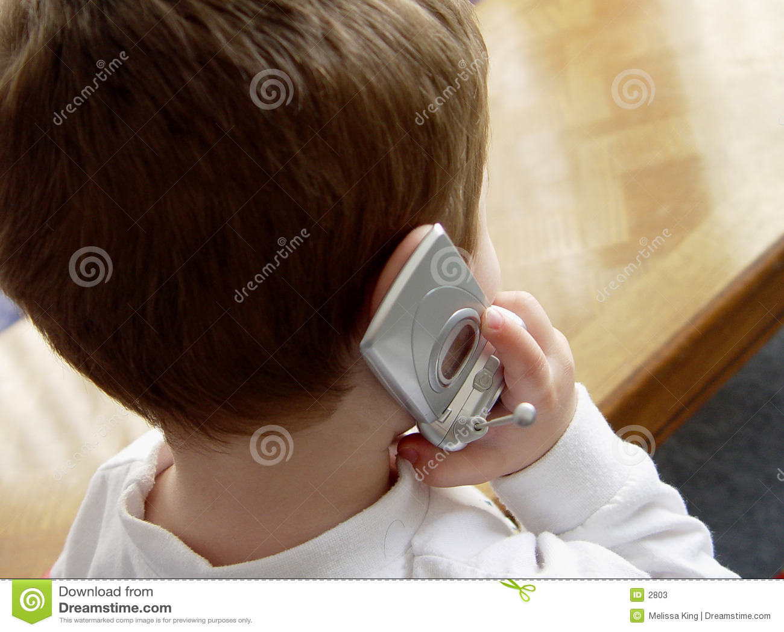 Pojkecelltelefon