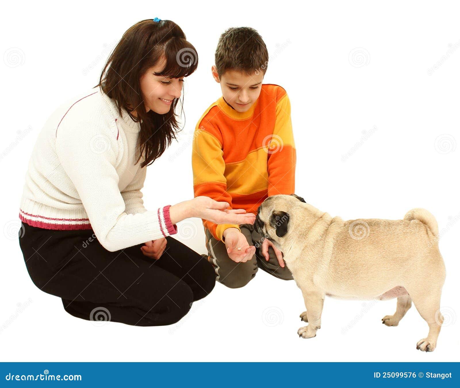 Pojkehundkvinna