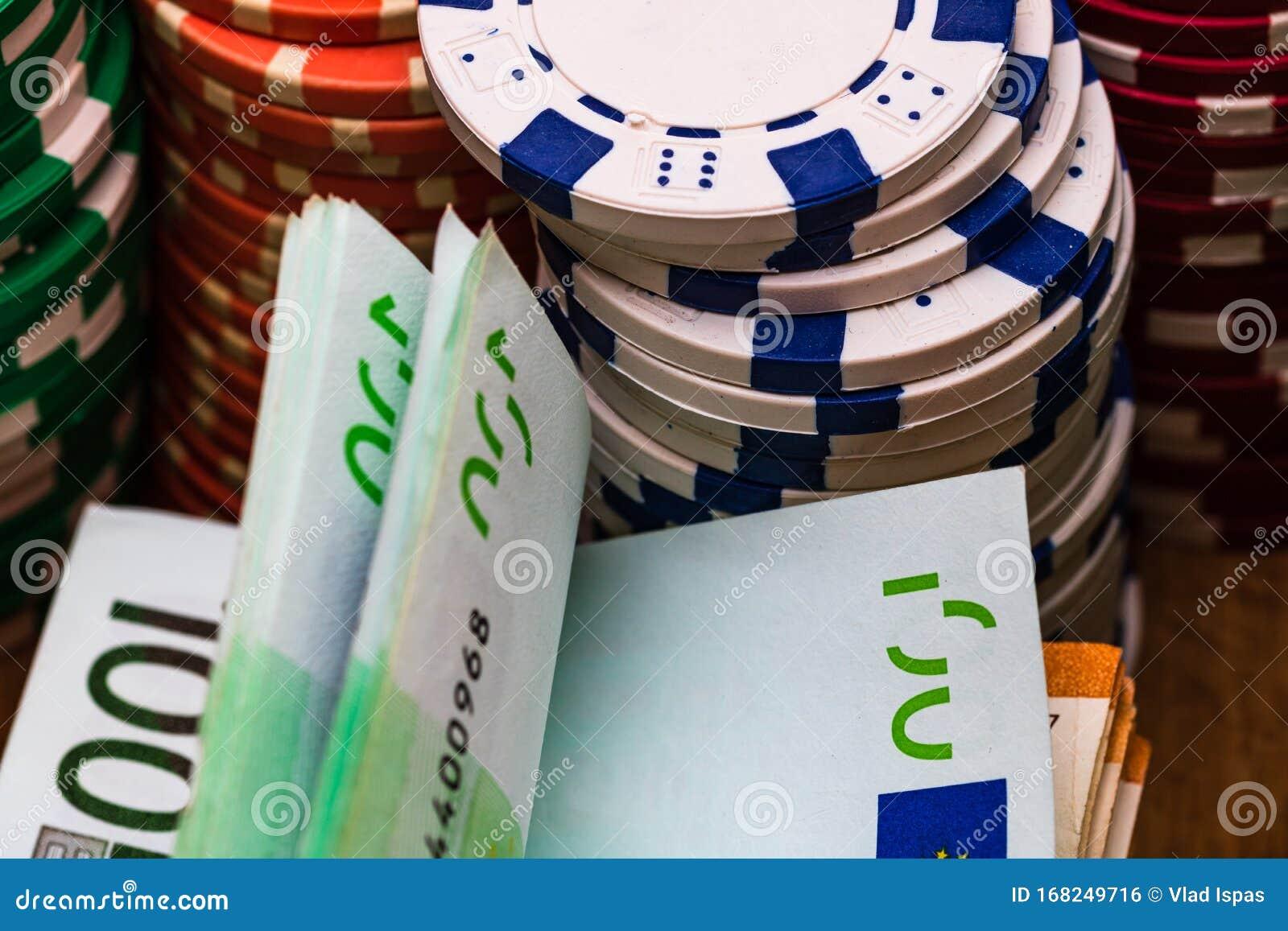 Казино на деньги в euro играть в игры карты дурак подкидной