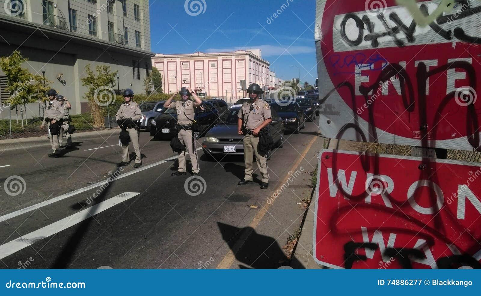 A polícia preta da matéria das vidas protesta