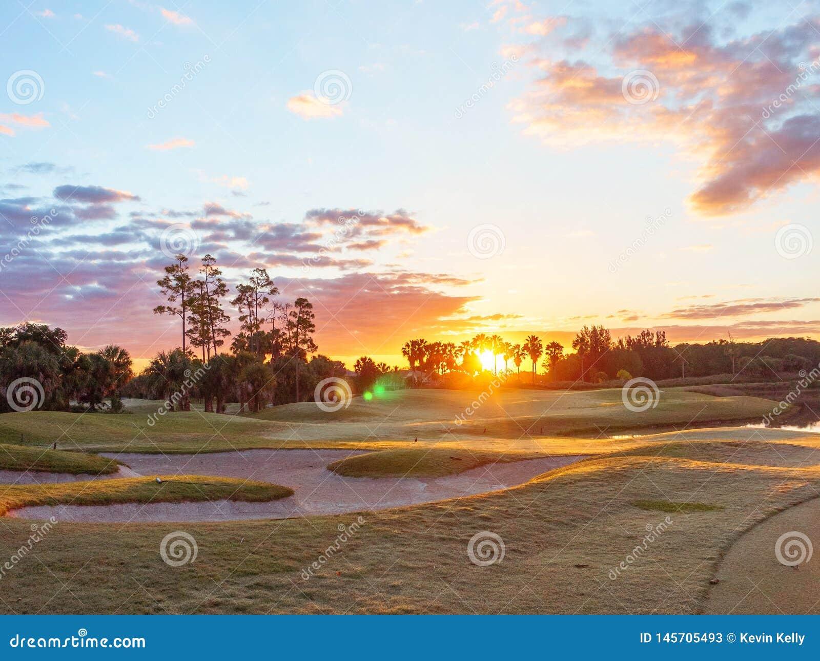 Pola Golfowego wschód słońca, zmierzch w Floryda/