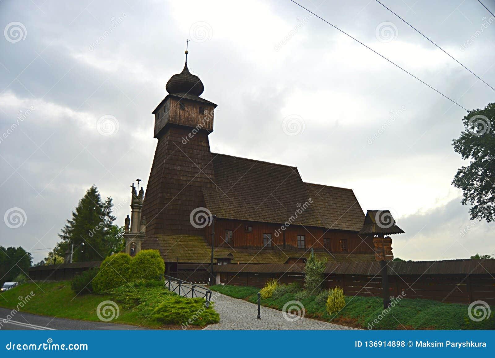 Polen, Wisla Mala, catolic tempel, houten kerk, toerisme,