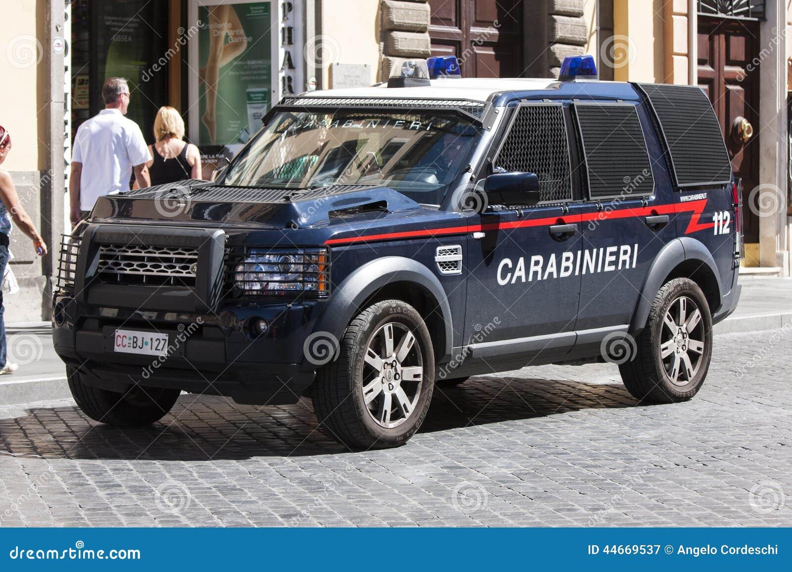 police italienne de v hicule blind carabinieri photographie ditorial image du v hicule. Black Bedroom Furniture Sets. Home Design Ideas
