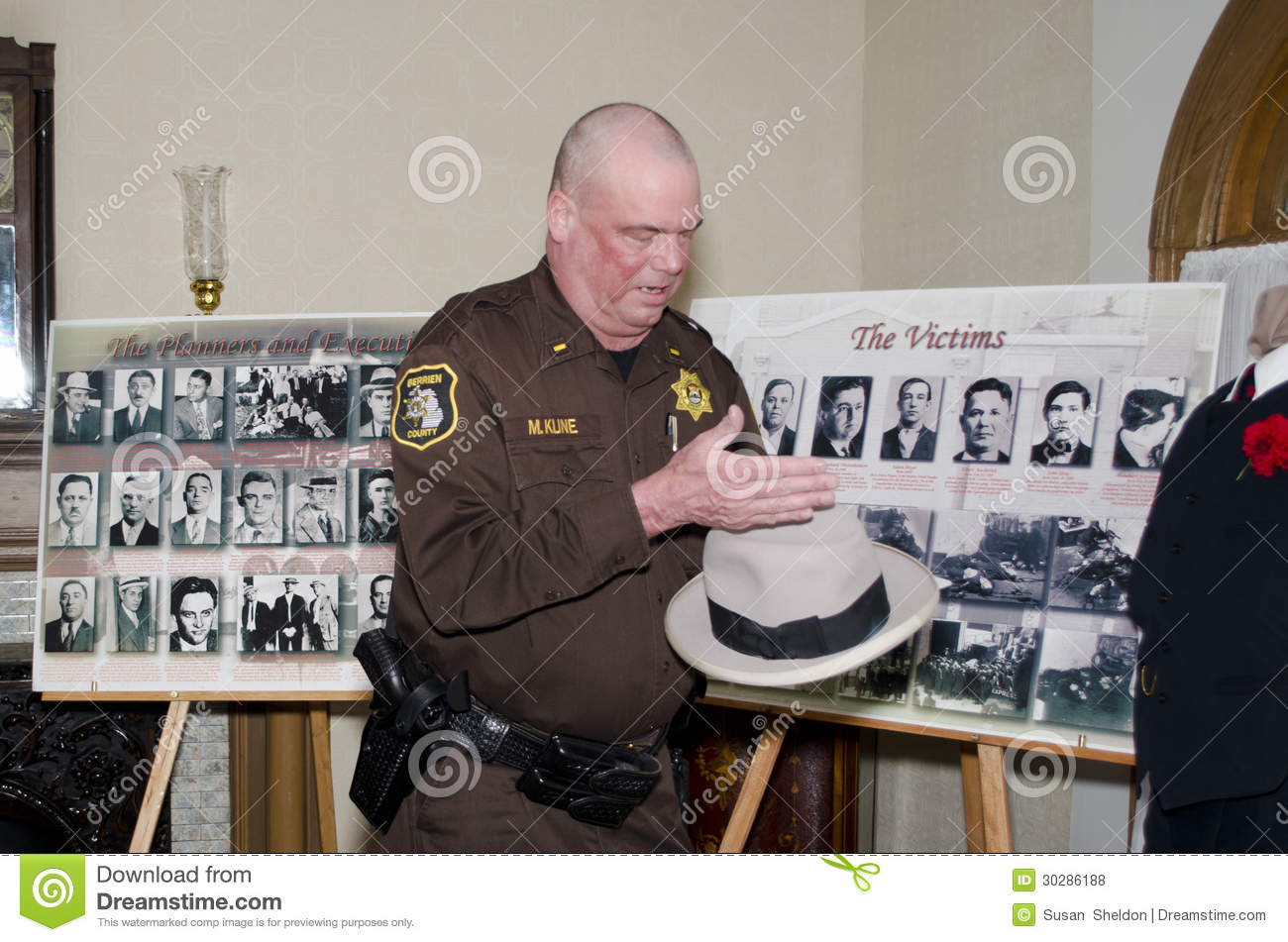 Police Officer Displays Items From St Valentines Day Massacre