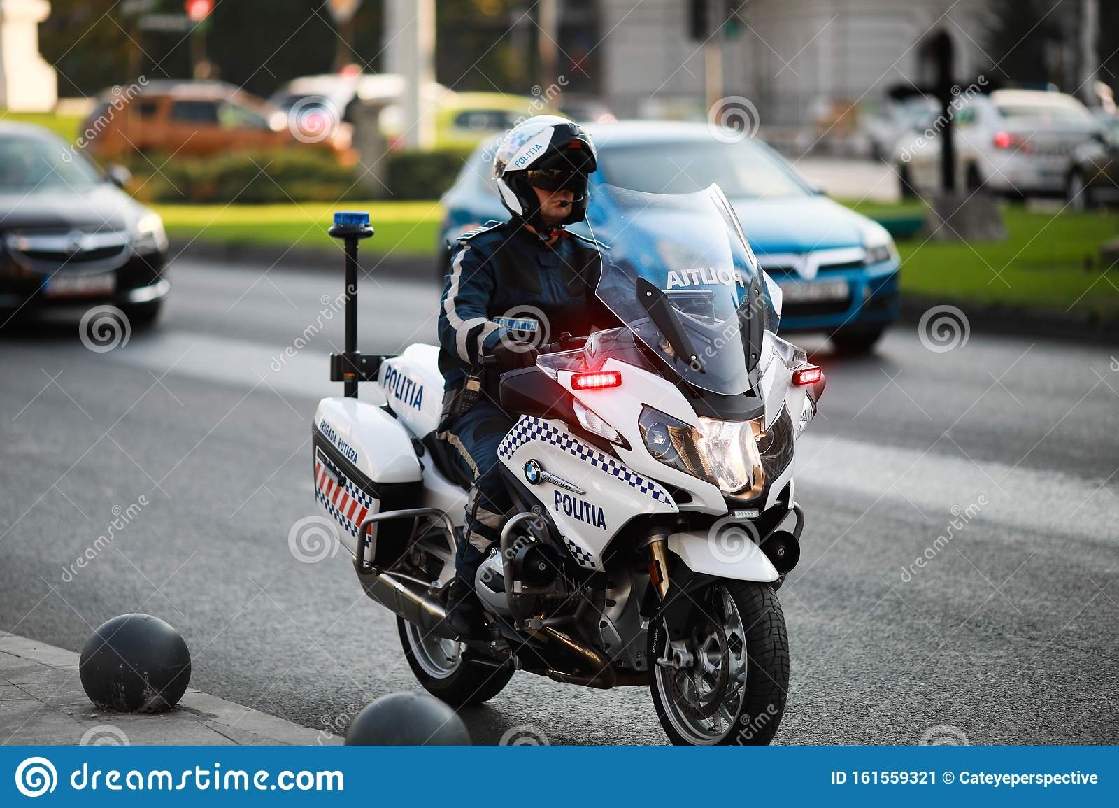 Police Officer Riding A Bmw Motorcycle In The Bucharest City Traffic Editorial Photo Image Of Masked Agent 161559321