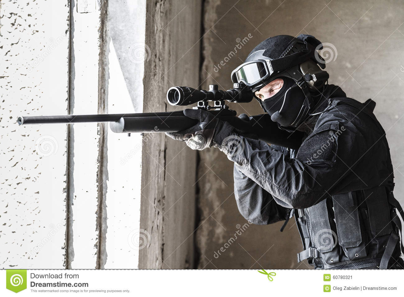Police Officer Swat In Action Stock Image Image Of Hazard Anti