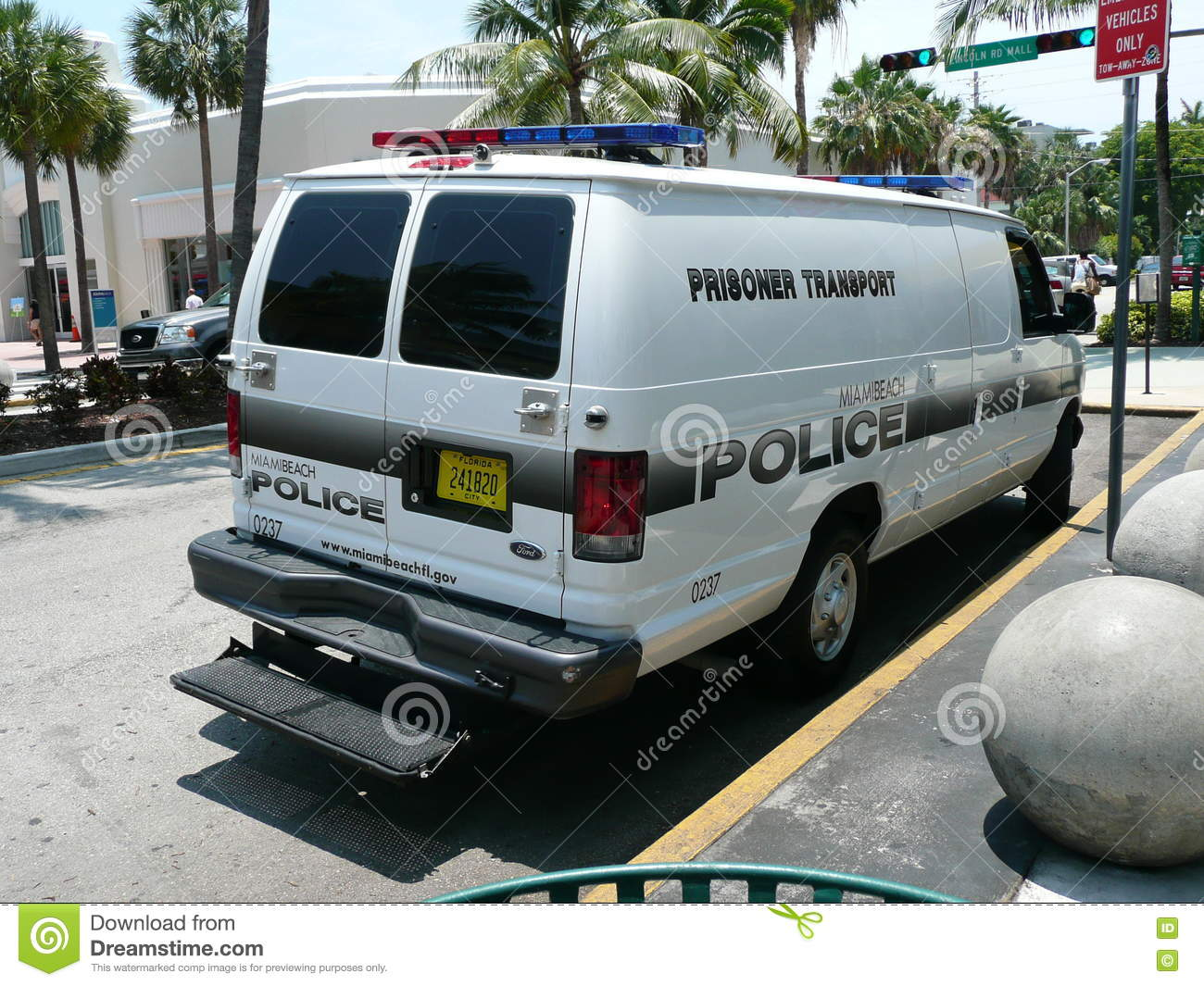 Prisoner Transport Van >> Police Prisoner Transport Van Editorial Photography Image