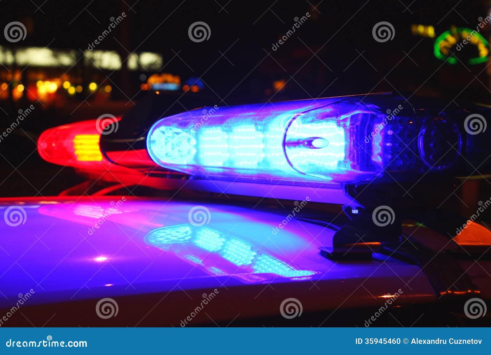 Policj światła nocą