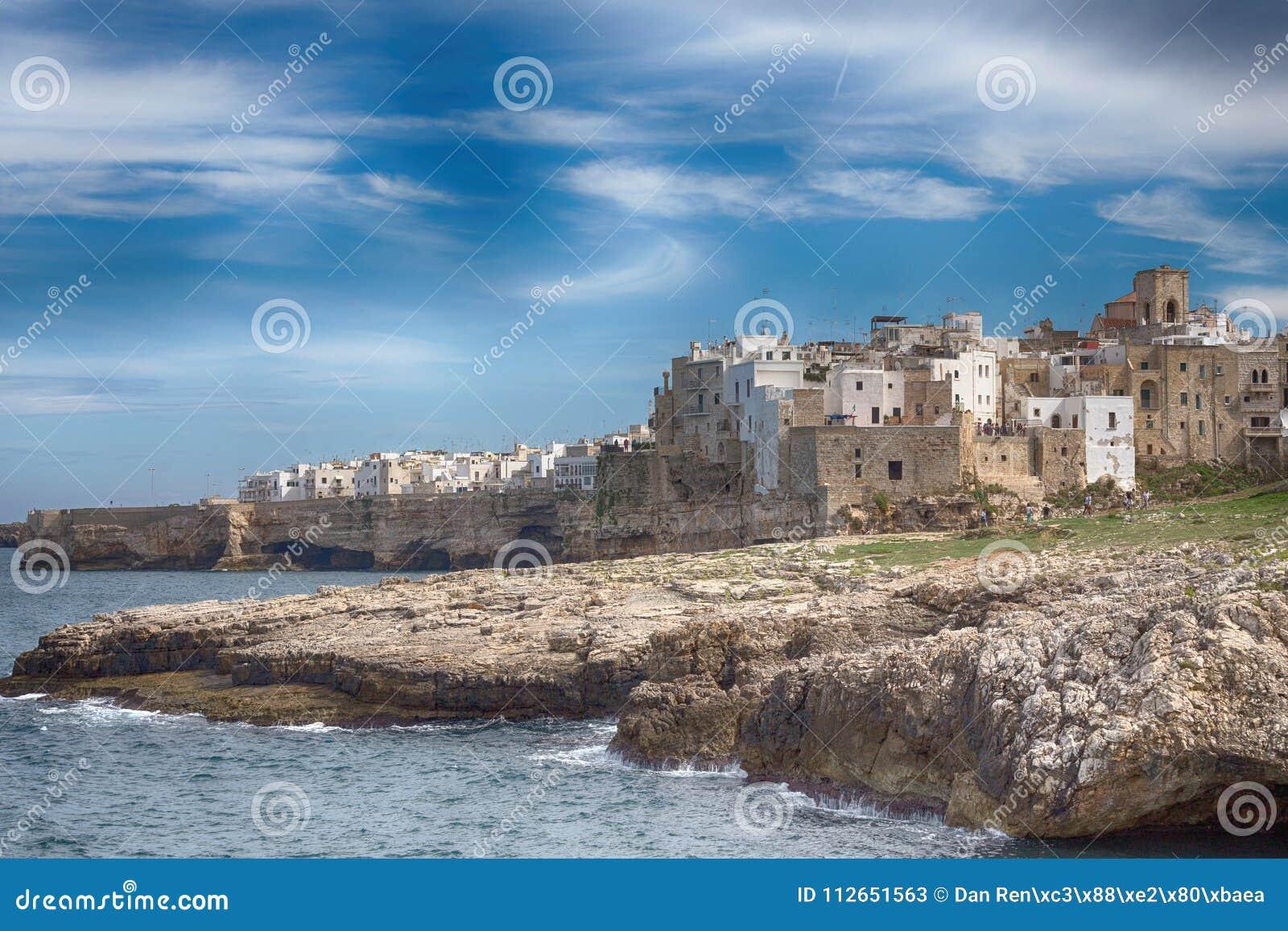 Polignano een Merrie, in Apulia, Italië Bari Province, zuidelijk Italië ADRIATISCHE OVERZEES