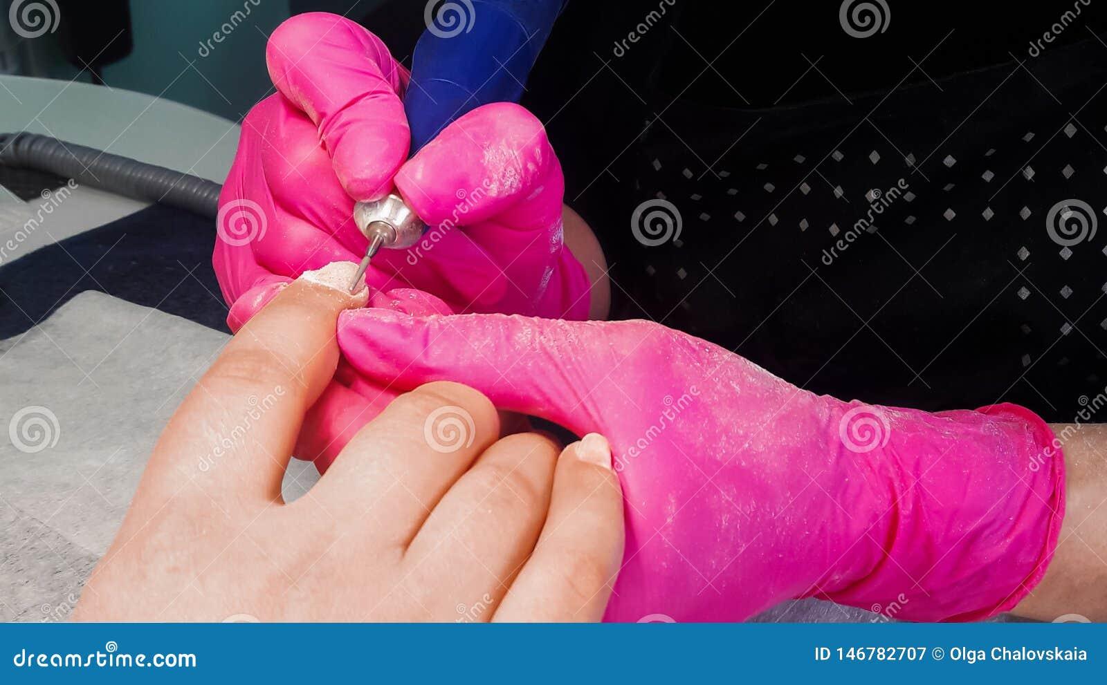 Polimento do gel do corte do hardware O cortador de tritura??o para remover o polimento do gel Coagule a remo??o polonesa com um