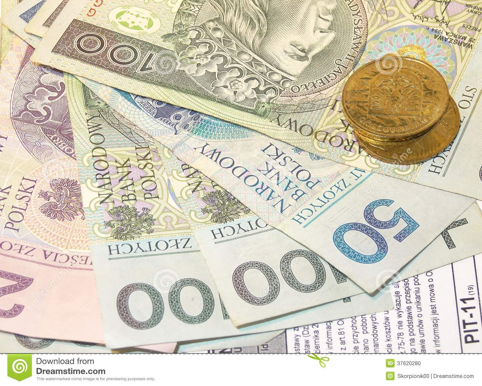 Polish tax form (PIT-11) and Polish money
