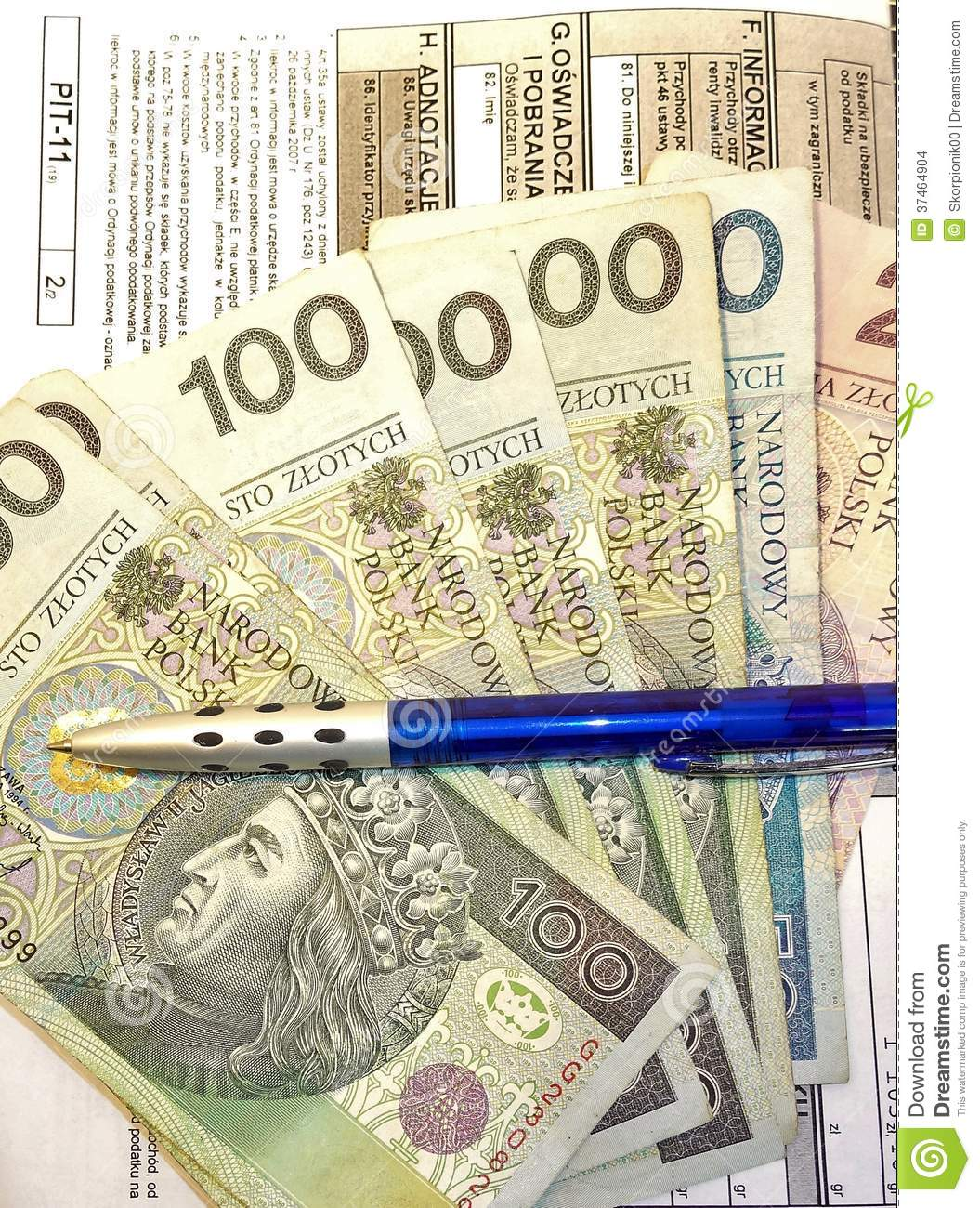 Polish tax form (PIT-11) and Polish money