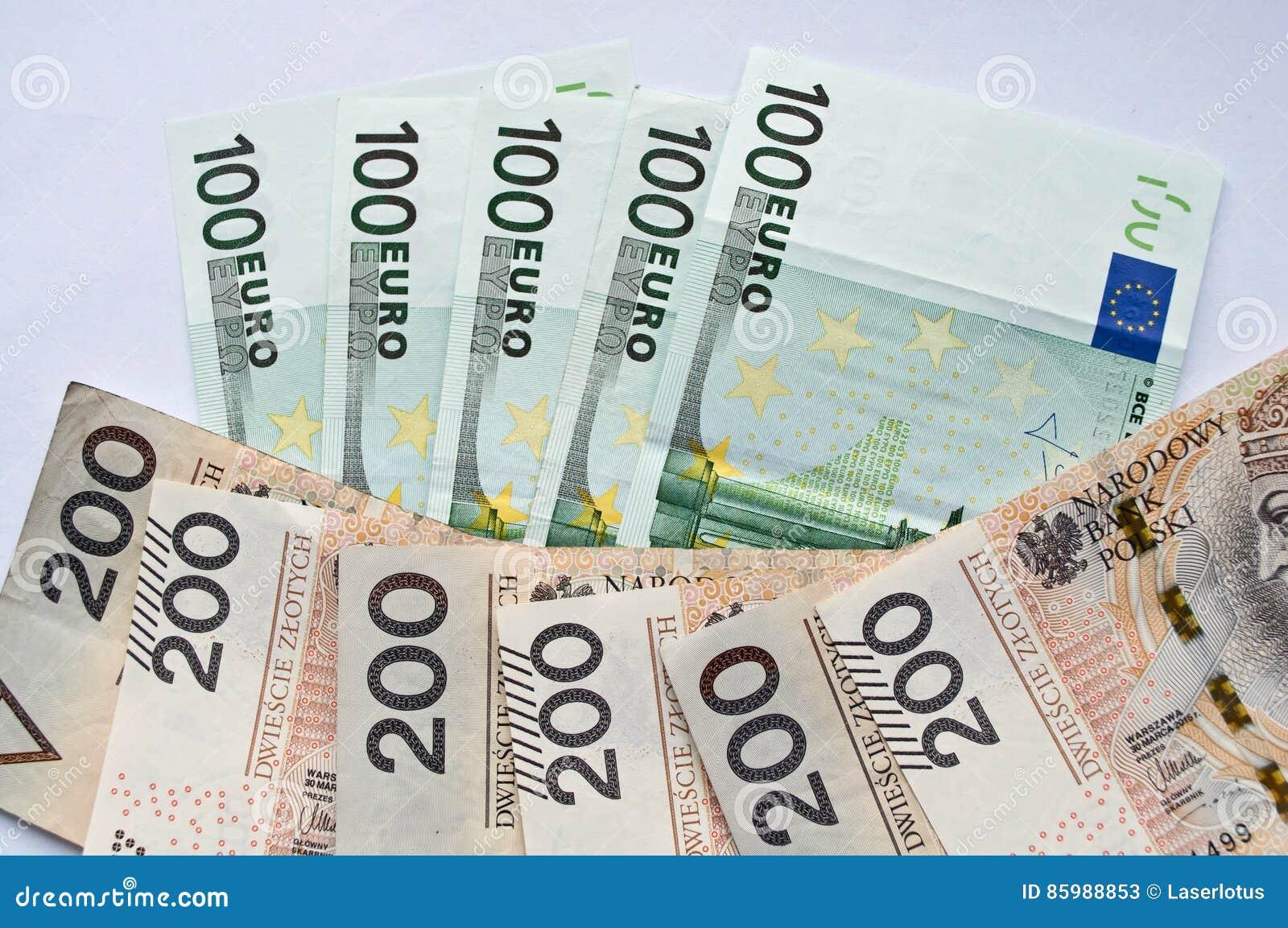 499 dollar to euro