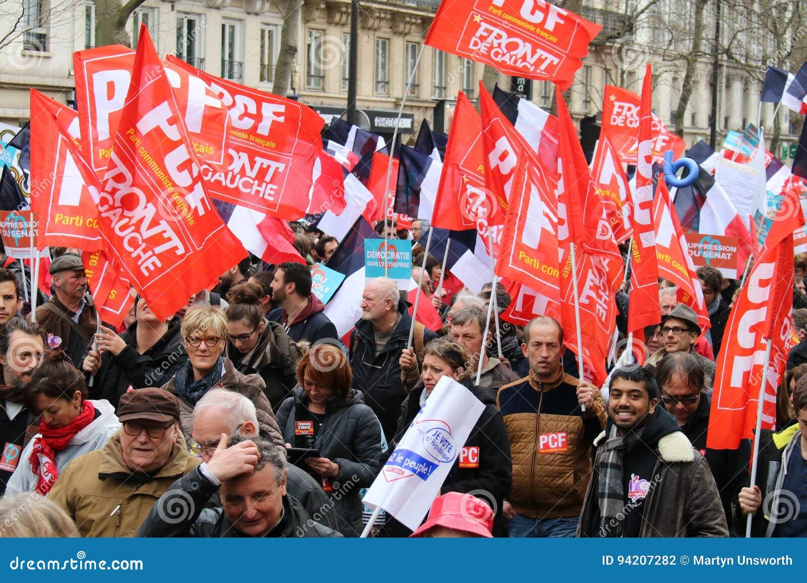 Politisk Demonstration I Frankrike Redaktionell Arkivbild - Bild av europa,  kommunist: 94207282