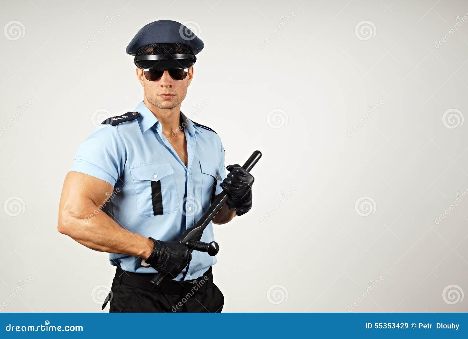 Poliziotto con il manganello