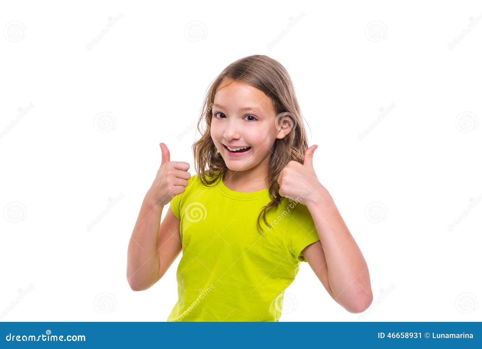 Pollice giusto di gesto sulla ragazza felice del bambino dell iuta su bianco