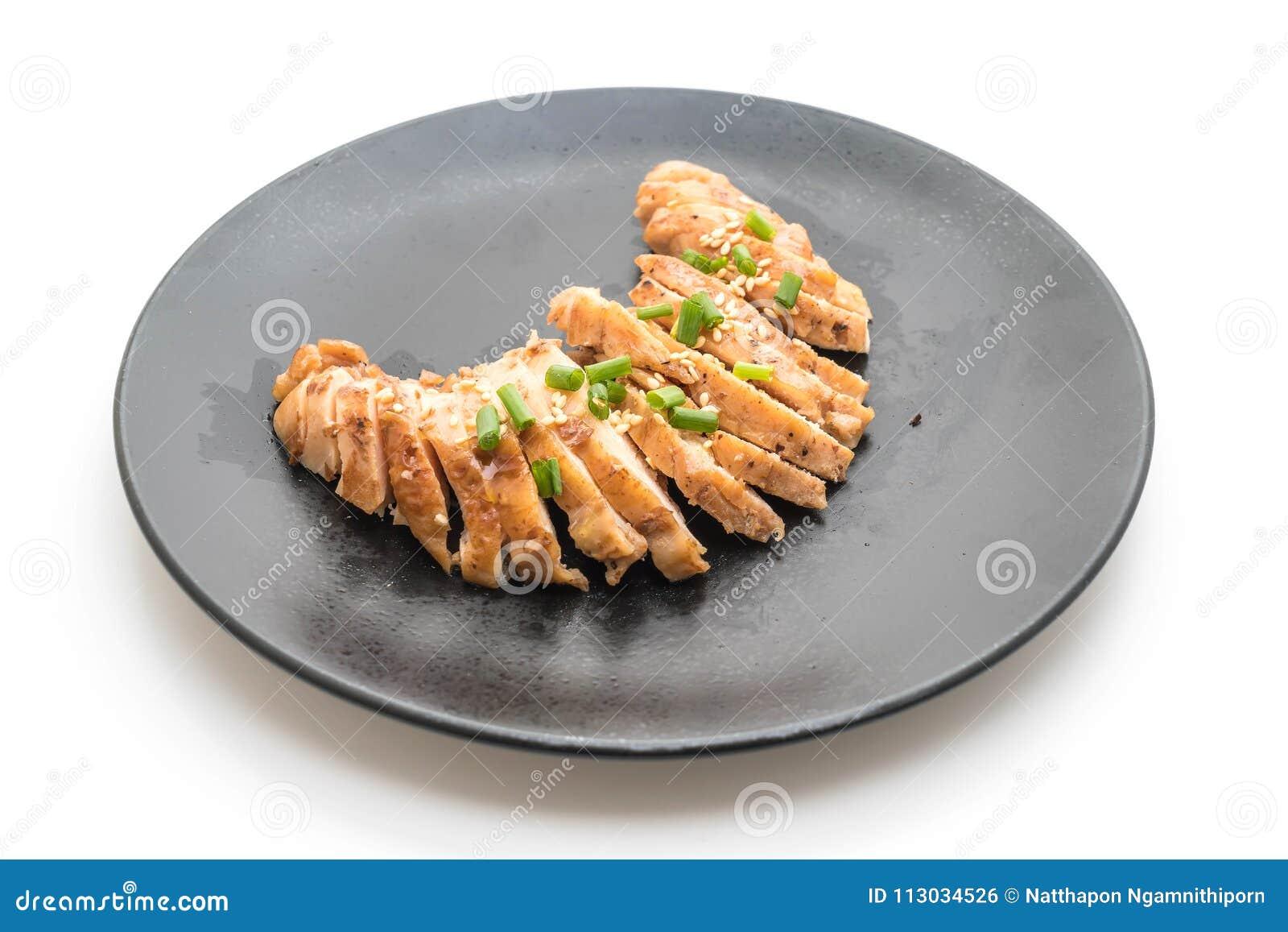 Pollo de carne asada en la placa