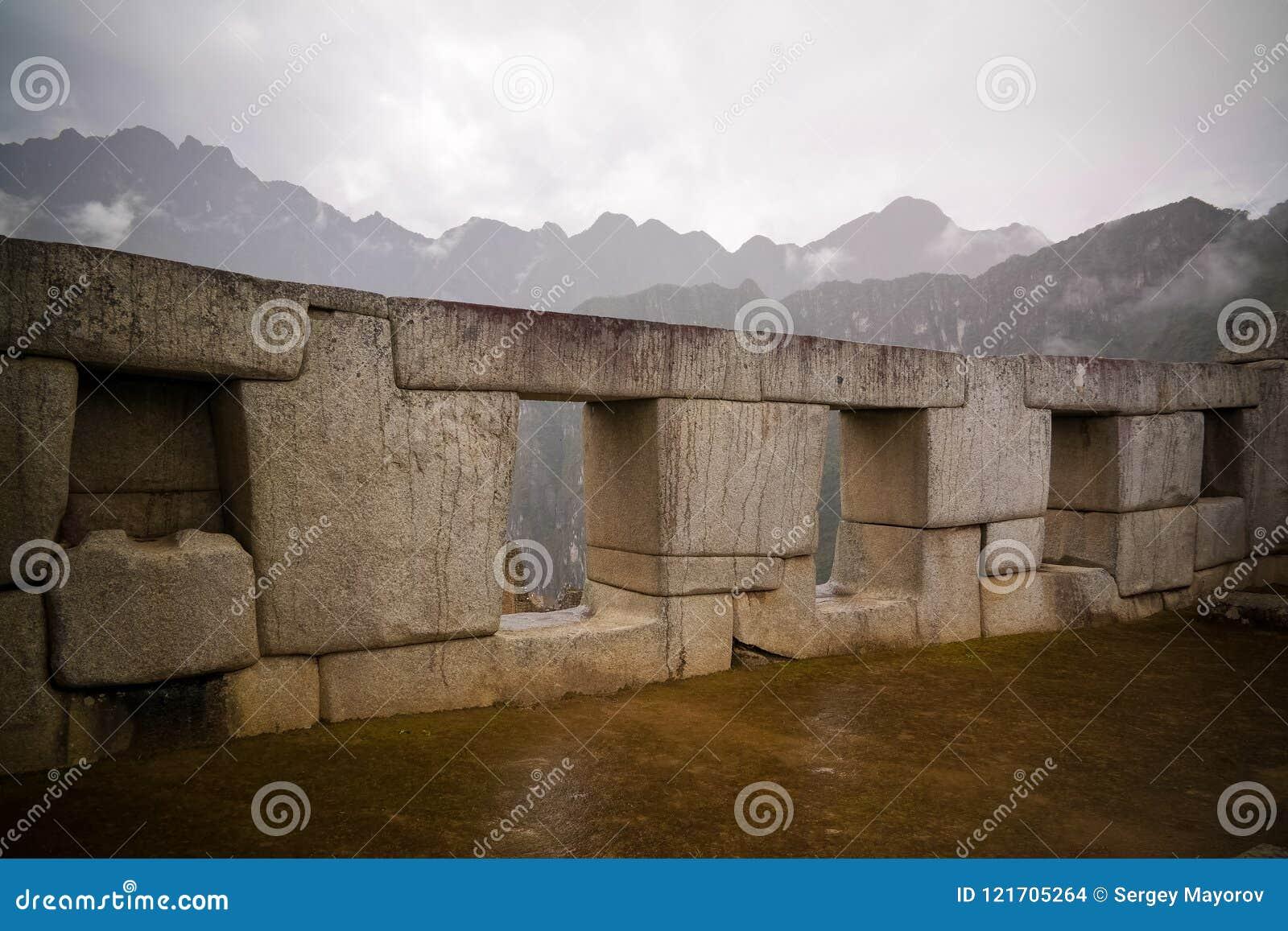 Polygonal murverk för närbild i Machu Picchu den arkeologiska platsen, Cuzco, Peru
