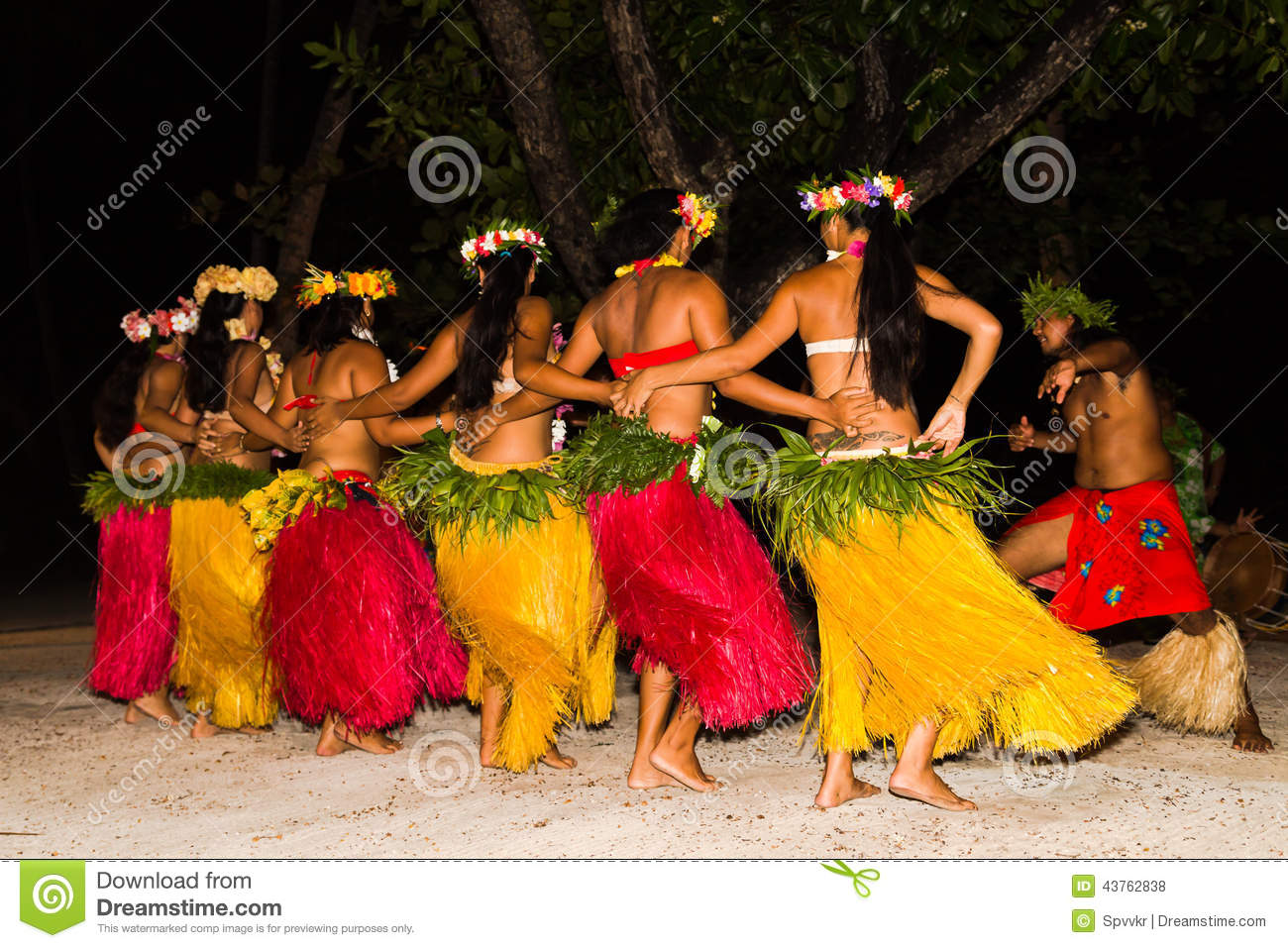 Polynesian Dancers Perform Traditional Dance Editorial Stock Photo