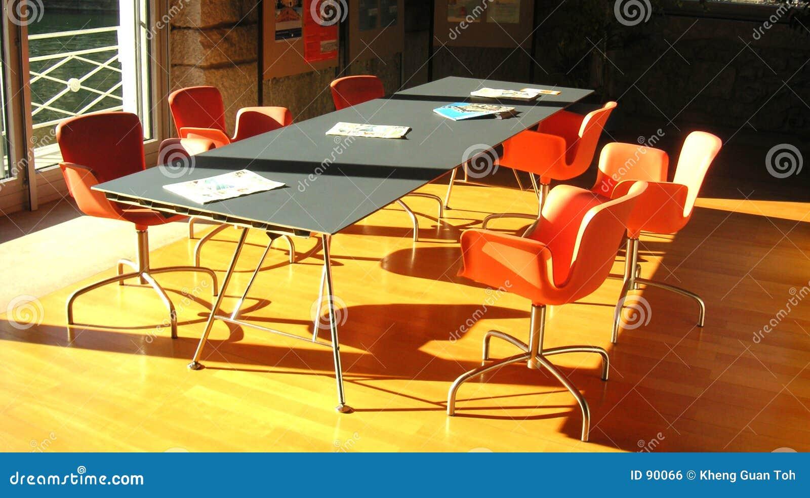 Pomarańcze miejsca spotkania