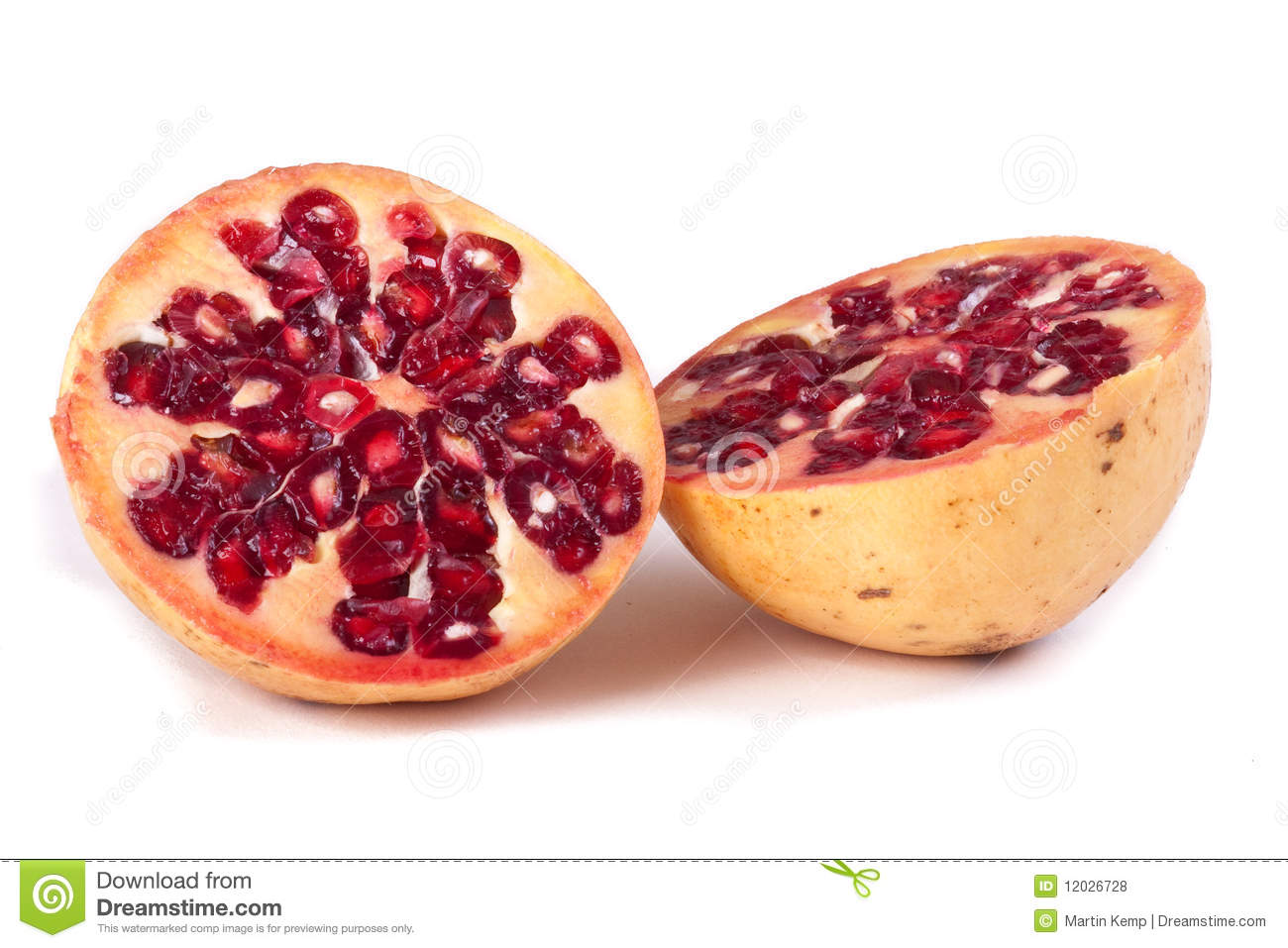 how to cut up a pomegranate