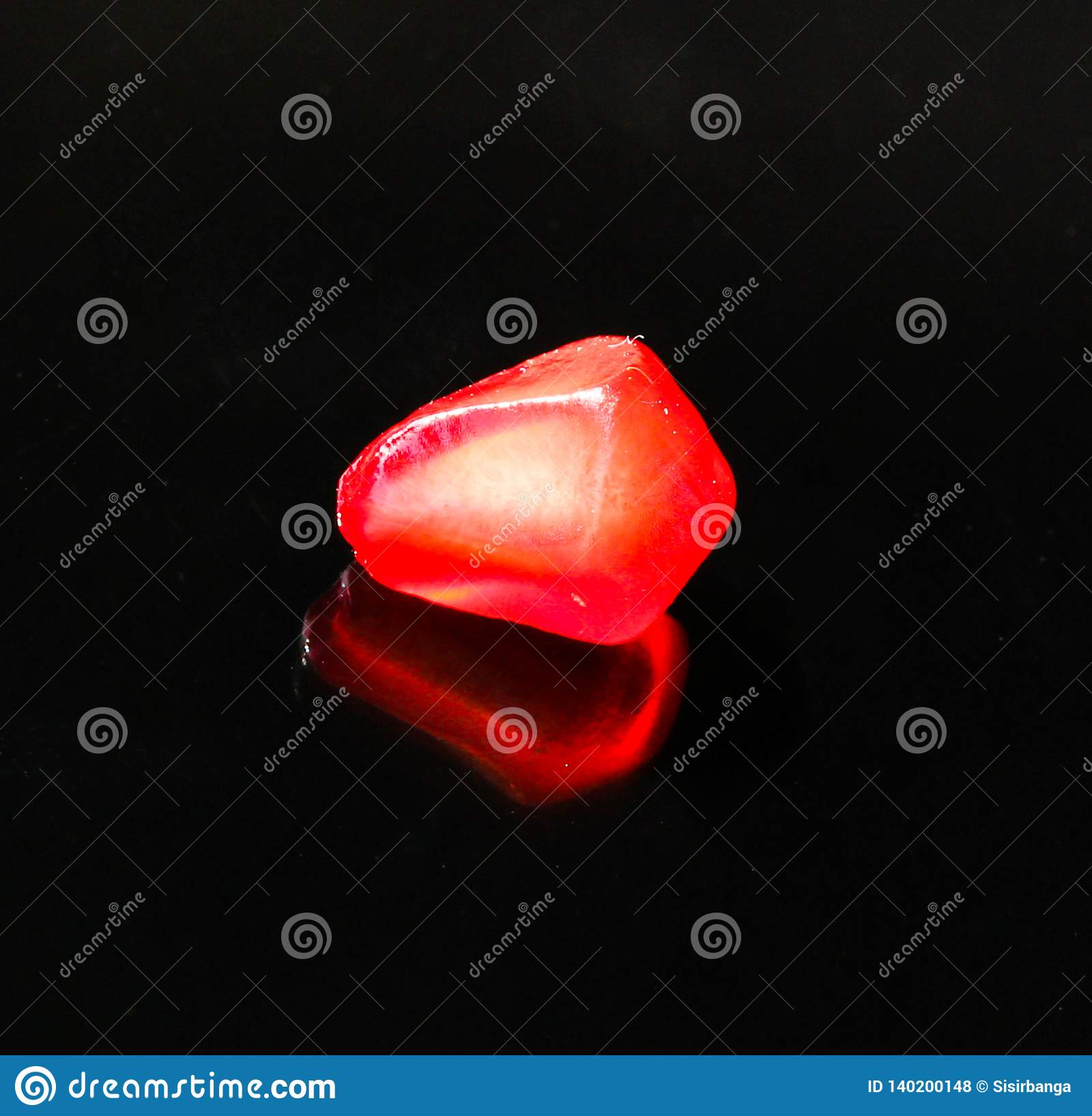 Pomegranate- Single seed with reflection