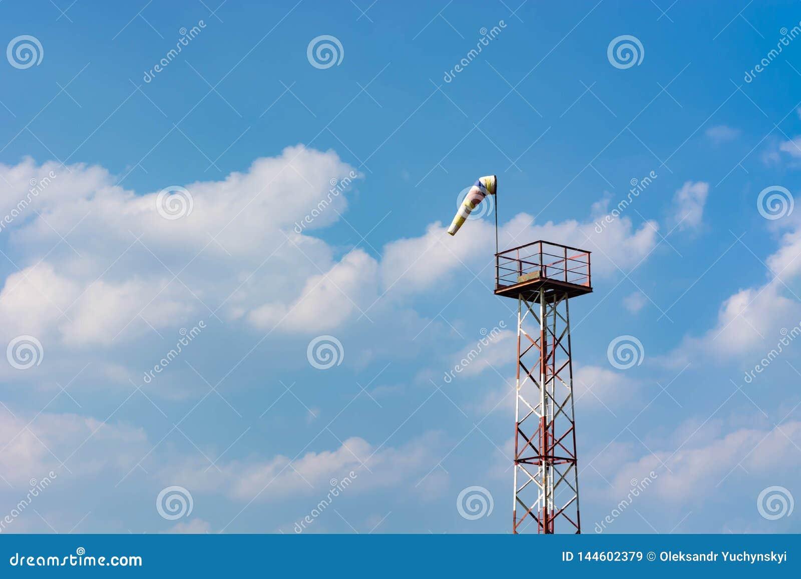Pomiarowa wiatrowa siła i kierunek używać rożek