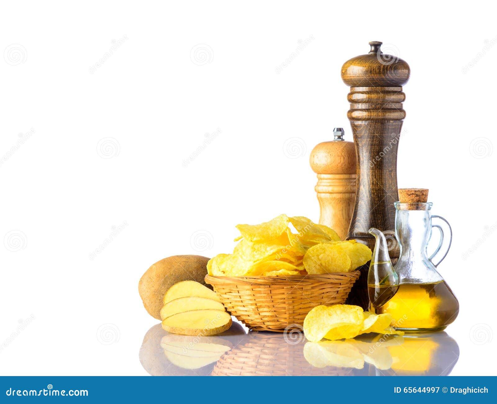 Pommes chips avec le Sel-moulin et le Poivre-moulin
