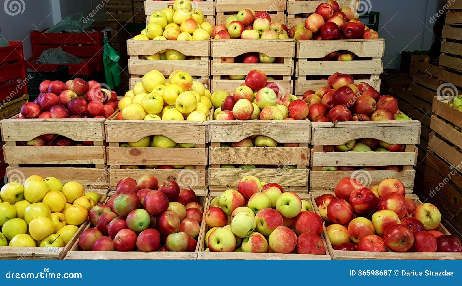 Pommes dans le cadre
