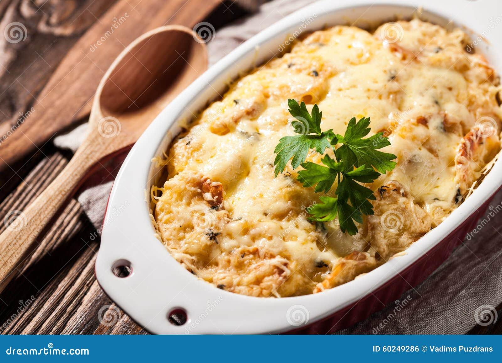 Pommes de terre cuites au four avec du fromage photo stock image 60249286 - Conservation pommes de terre cuites ...