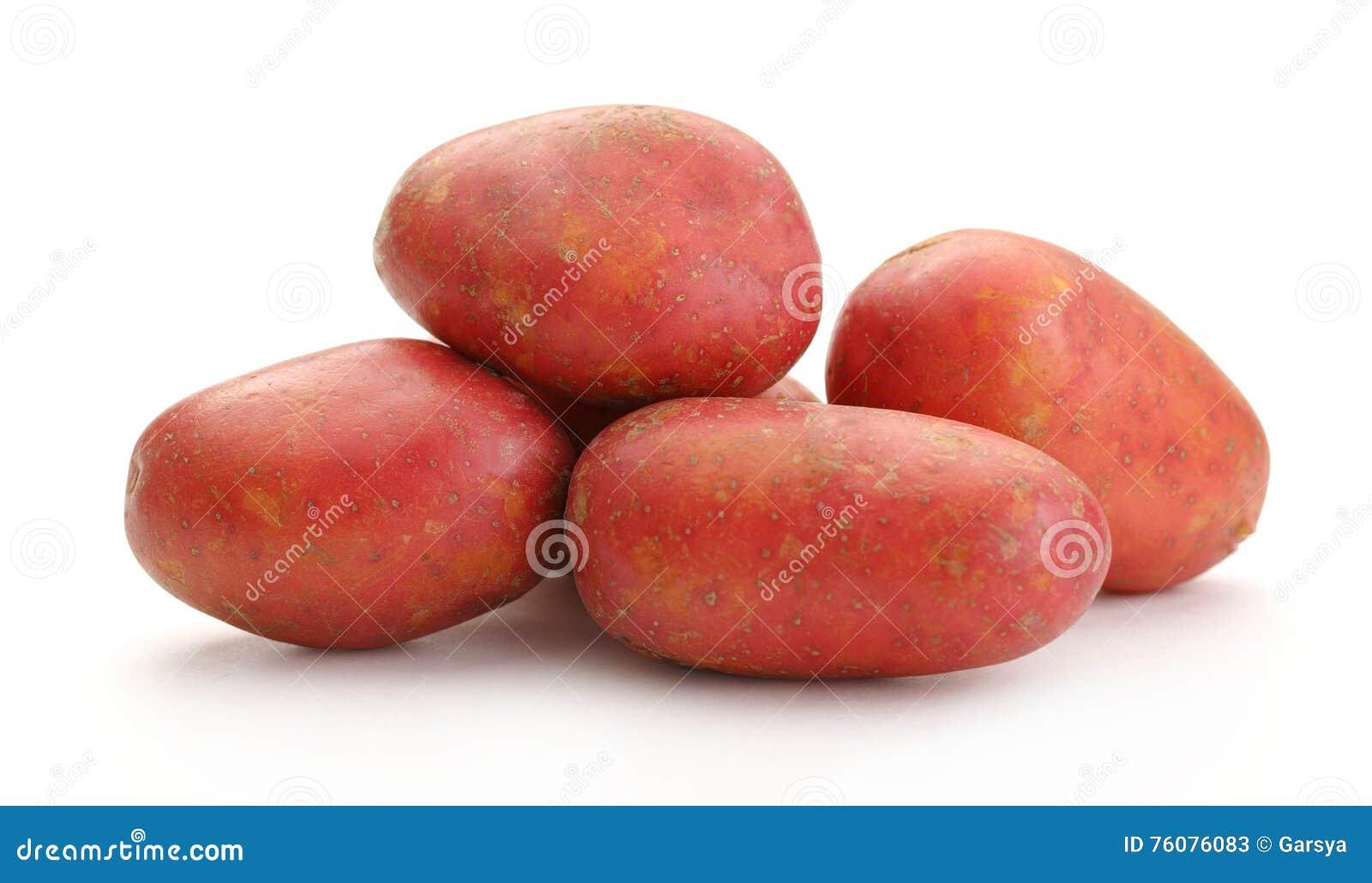Pommes de terre entières fraîches