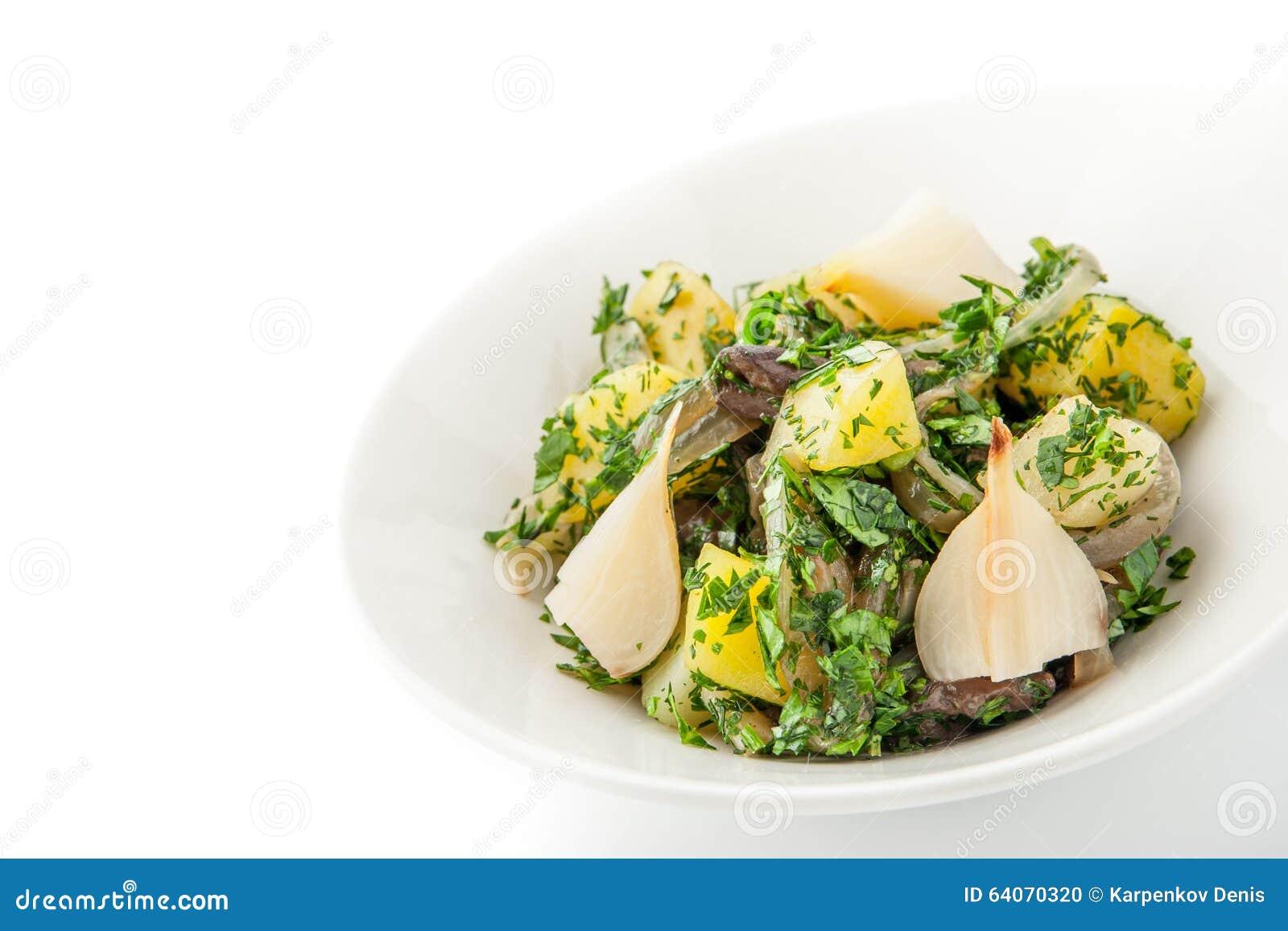 pommes de terre et salade de champignons sur le fond blanc horizontal photo stock image 64070320. Black Bedroom Furniture Sets. Home Design Ideas
