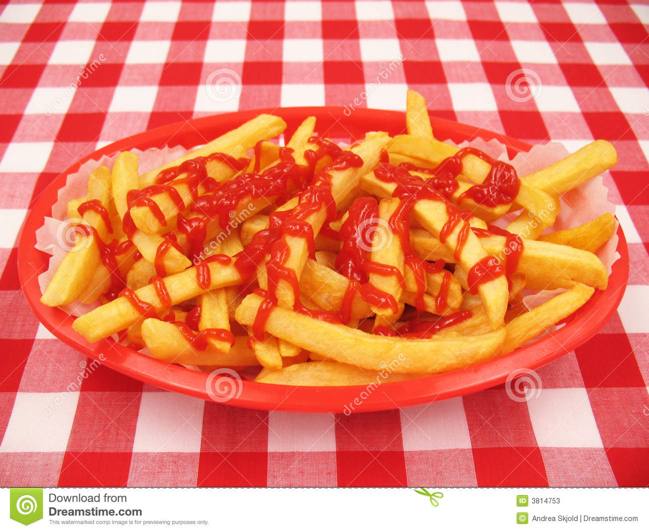 pommes frites avec le ketchup dans un panier rouge image stock image du restaurant frit 3814753. Black Bedroom Furniture Sets. Home Design Ideas