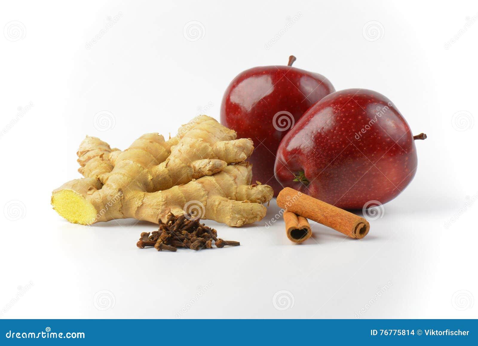 pommes rouges racine de gingembre b tons de cannelle et. Black Bedroom Furniture Sets. Home Design Ideas