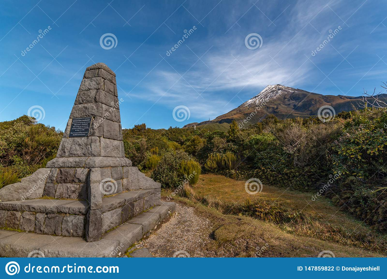 Pomnik przy Mt Taranaki