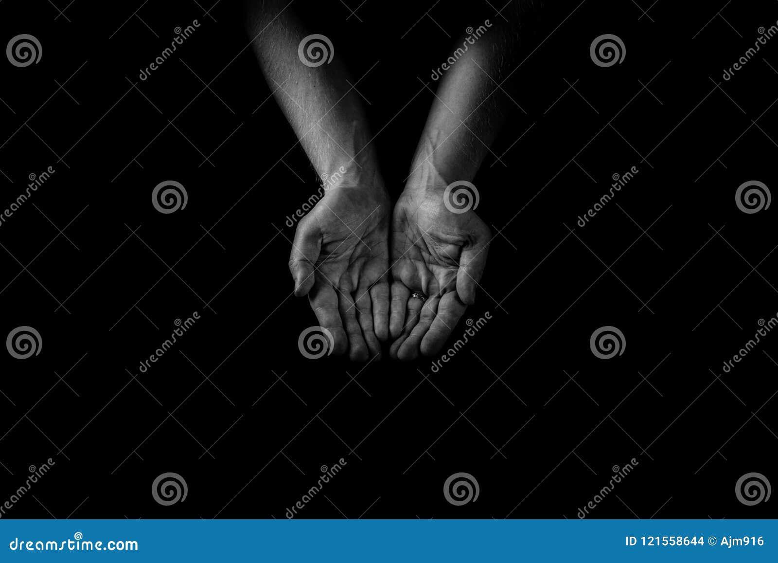 Pomocnej dłoni pojęcie, mężczyzna ` s wręcza palmy up, dawać opiece i supp