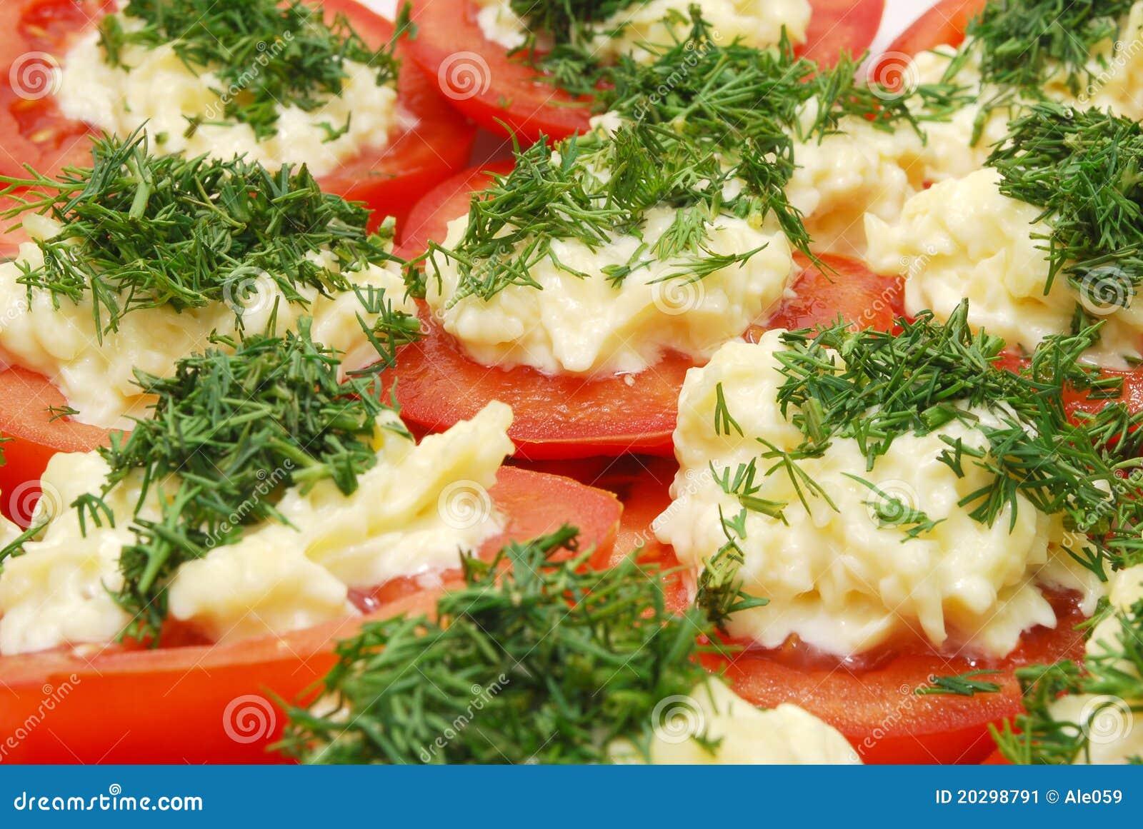 Pomodori con rafano e prezzemolo