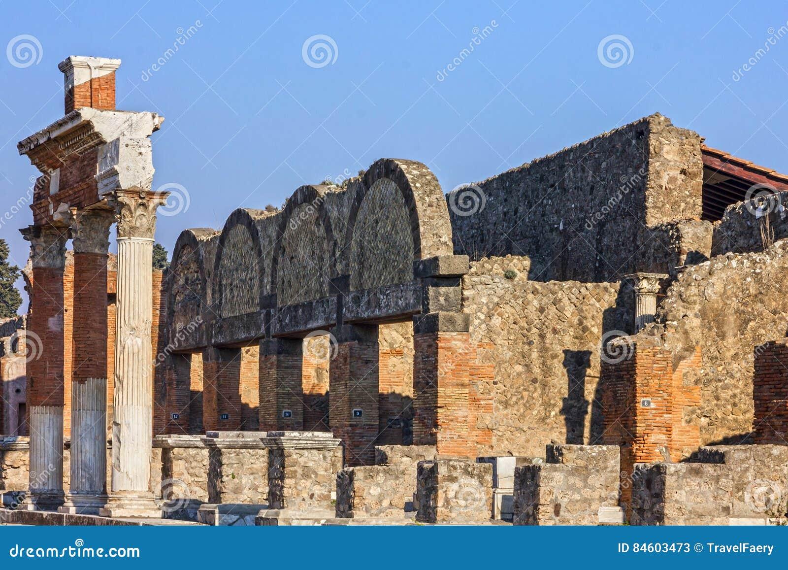 Pompeii w Naples, Włochy antycznego miasta rzymskie ruiny