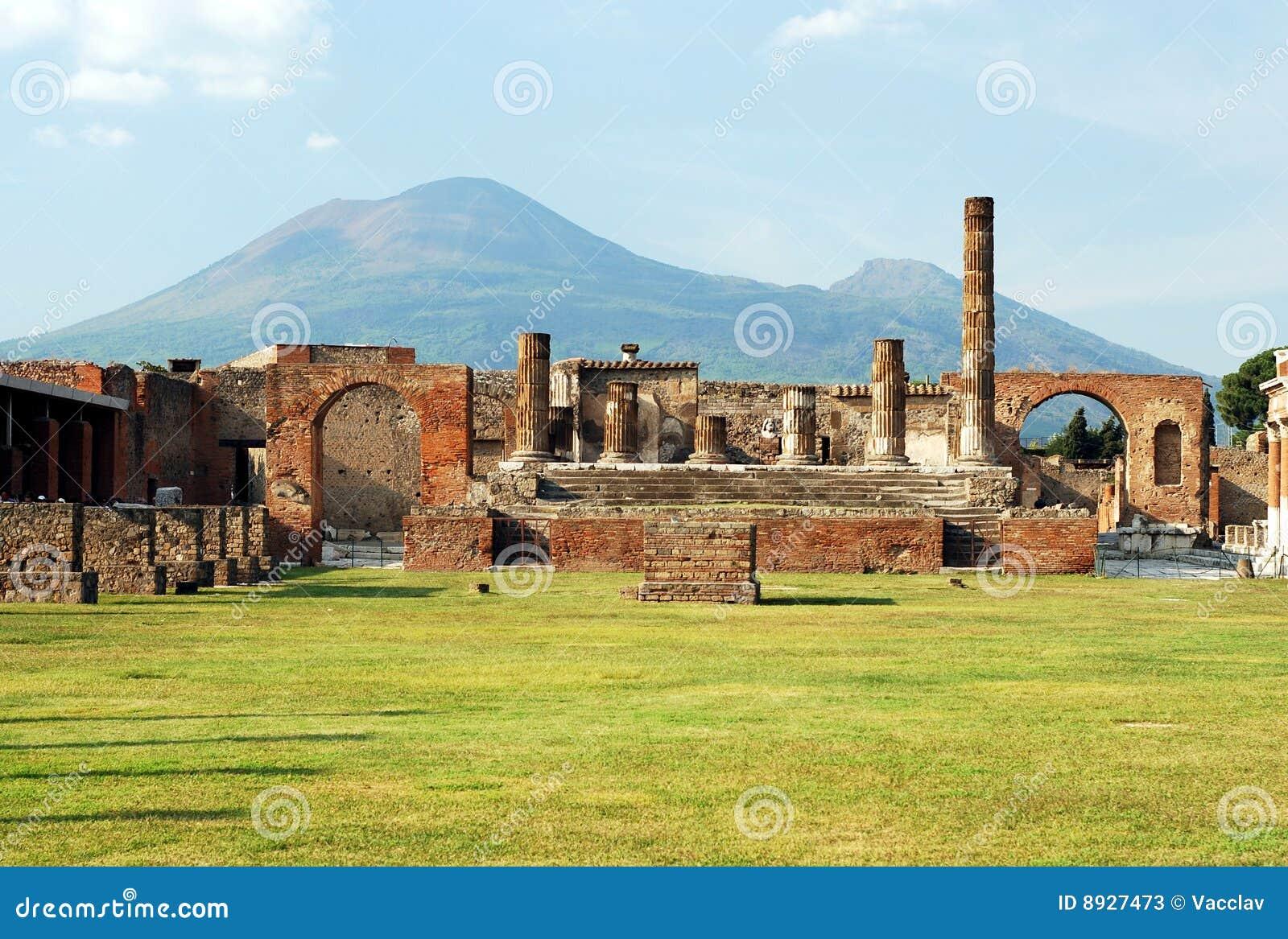 Pompeya y montaje Vesuvio