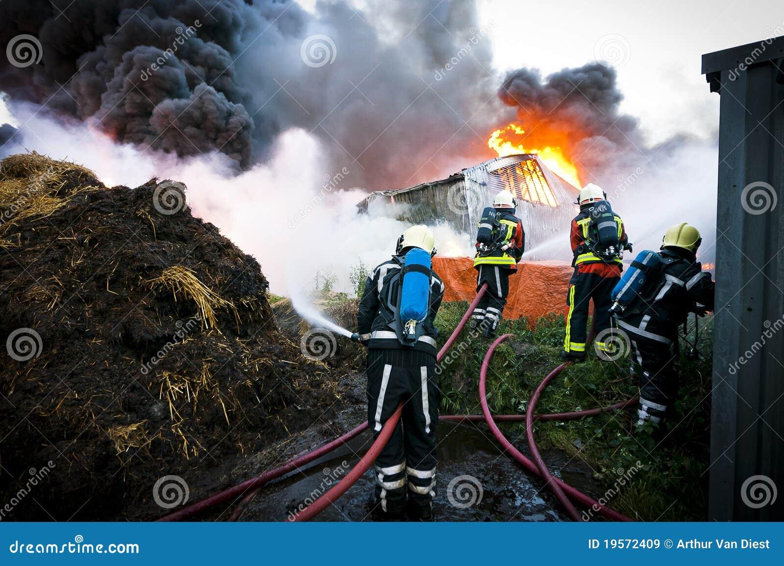 Pompieri nell azione