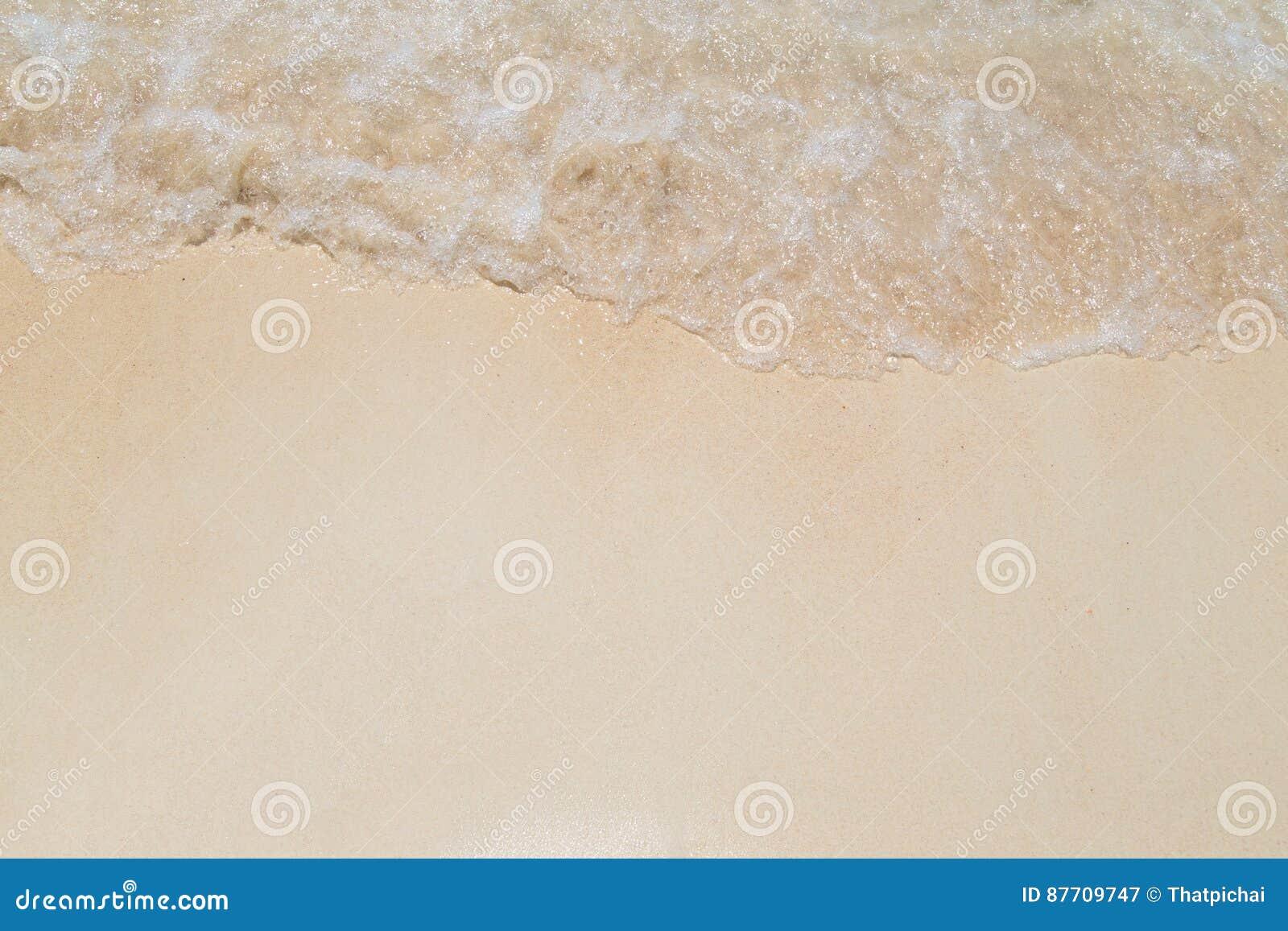 Poncez la plage et ondulez au rok de KOH, Thaïlande