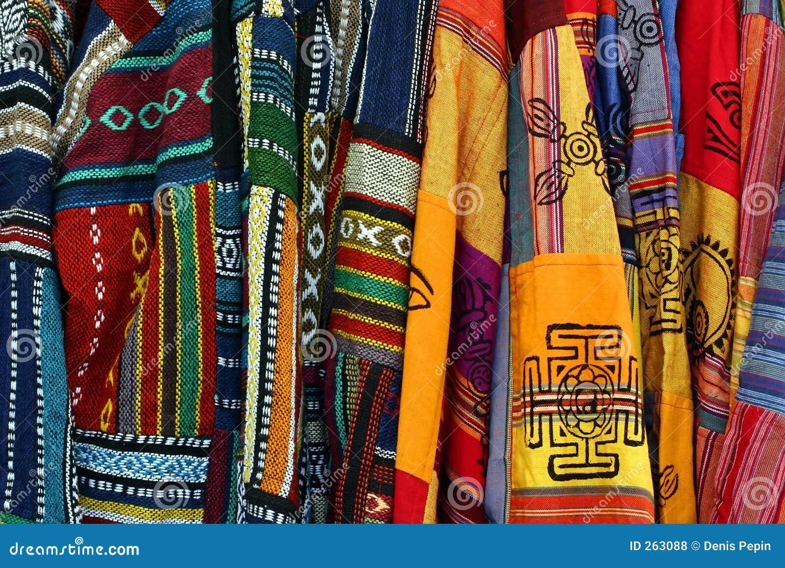 Ponchos bordados mexicanos multicolores