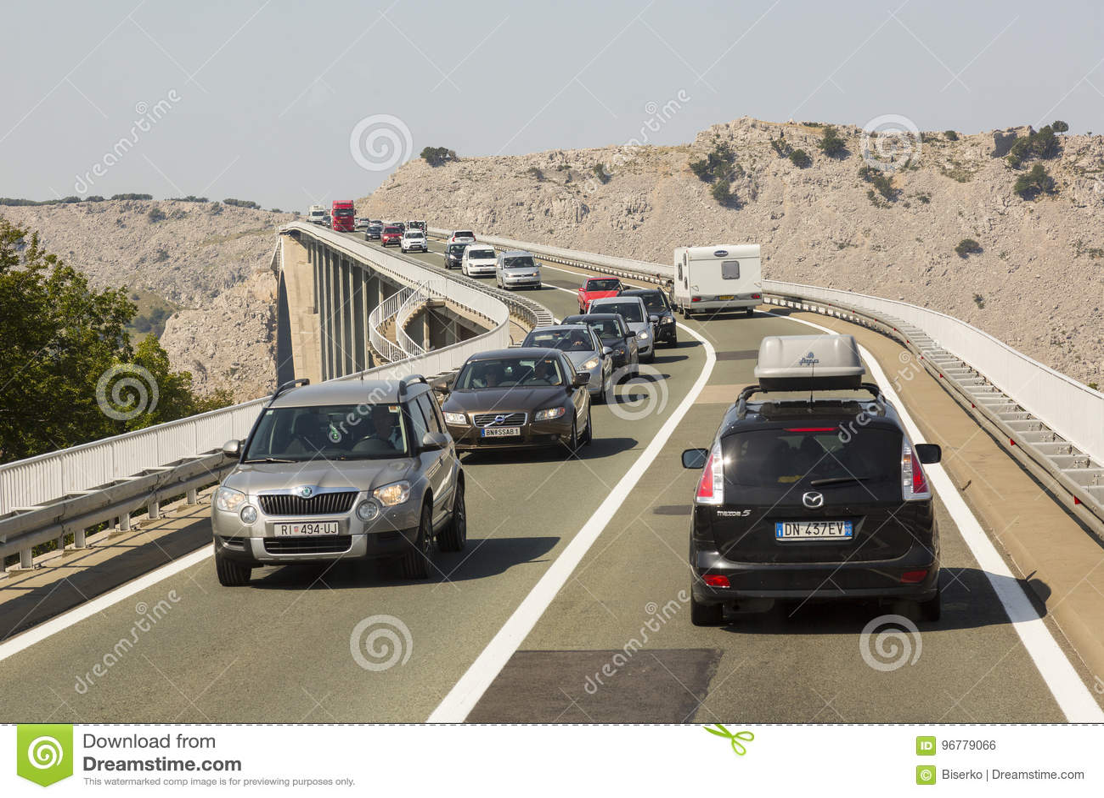 Pont à l île Krk, Croatie